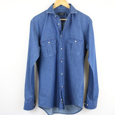 Camisa dos bolsillos vaquera