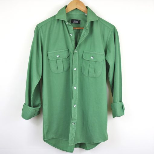 Camisa dos bolsillos verde