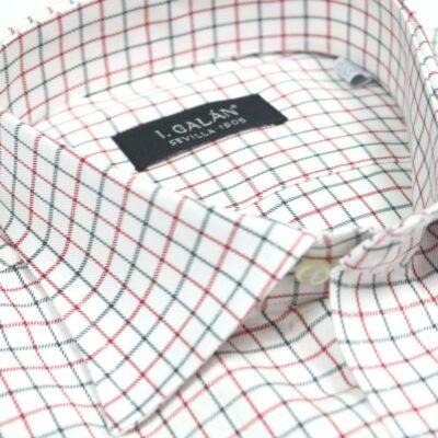 Camisa de cuadros para corbata